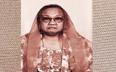 Biografi Nyai Hj. Sholichah Munawwaroh Wahid Hasyim